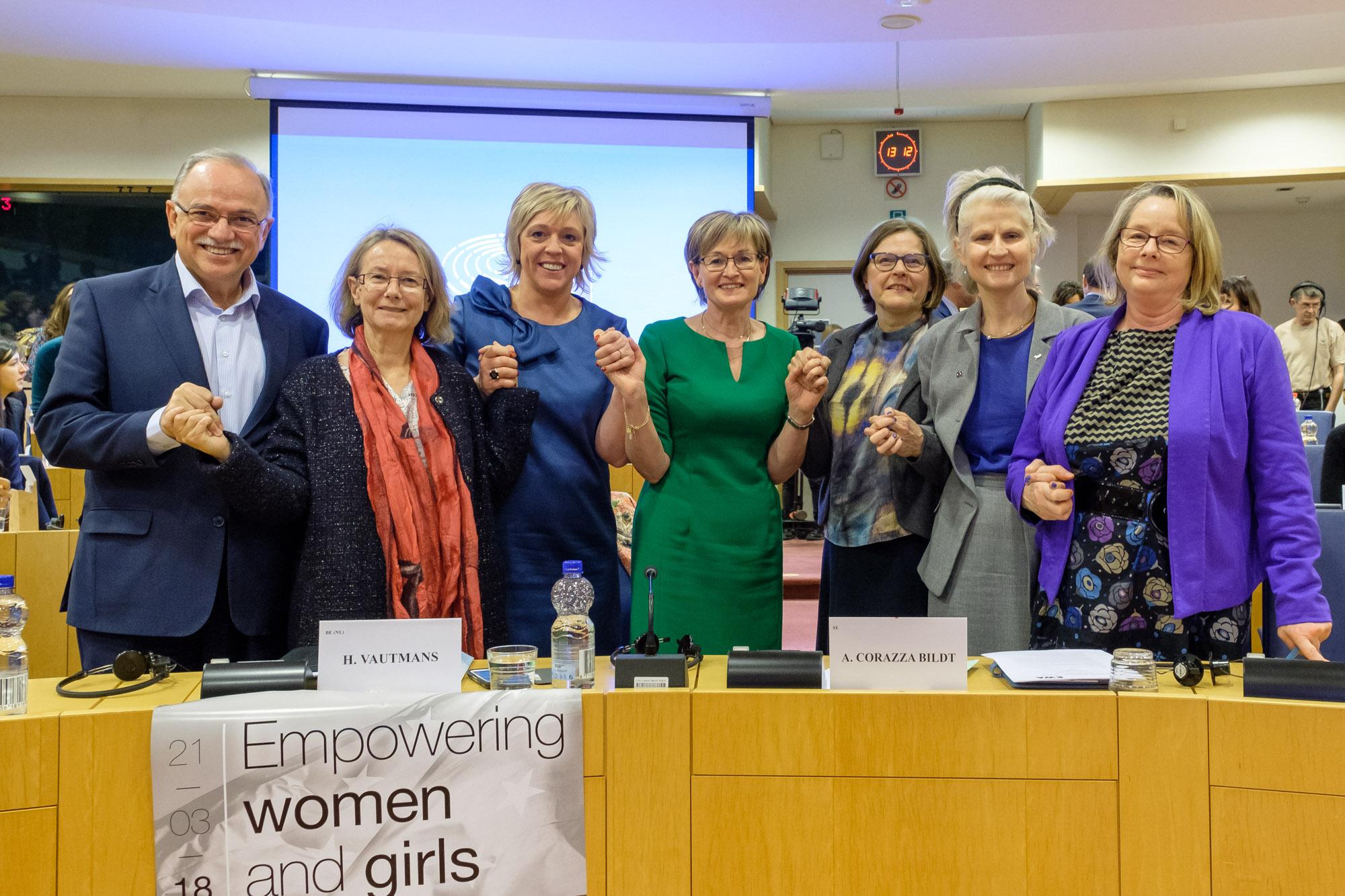 18-03-21 European Women Council-2