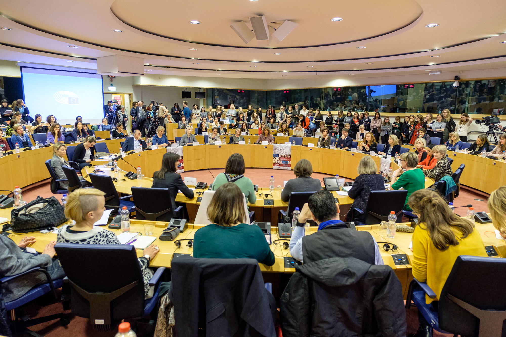18-03-21 European Women Council-26